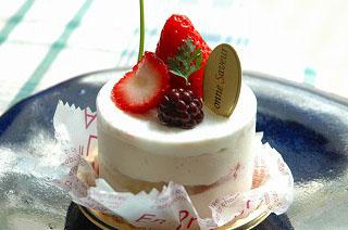 050429tu_cake